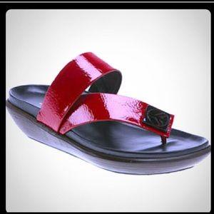 Donald J Pliner Sandals Red/Black Size 7 1/2 comfy